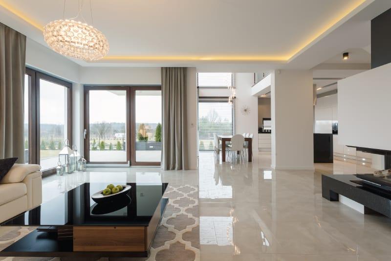 Rivestimenti e pavimentazioni in marmo e pietra per for Pavimenti per case moderne