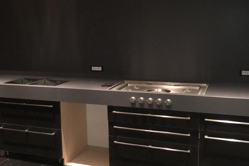 Realizzazione top cucina e rivestimenti in Lapitec a Roma