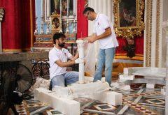 montaggio ambone in marmo