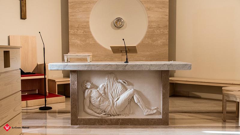 altare in pietra