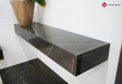 Mensola in marmo