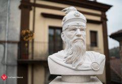 Scultura Skanderbeg in pietra