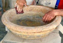 Fonte battesimale in lavorazione