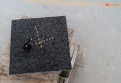 Orologio in pietra da parete